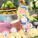 Alice, in wonderland! | Chá de Bebê